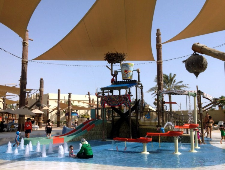 Аквапарк Yas Waterworld Abu Dhabi
