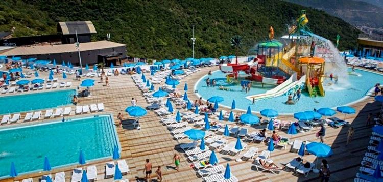 """аквапарк Черногории """"Aqua Park Budva"""", Будва"""