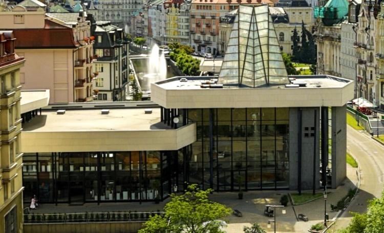 Карловы Вары Гейзерная колоннада