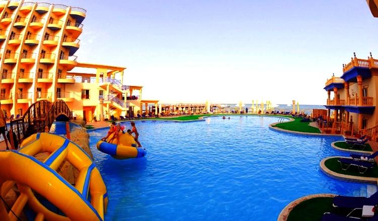 Sphinx Aqua Park Beach Resort 5*