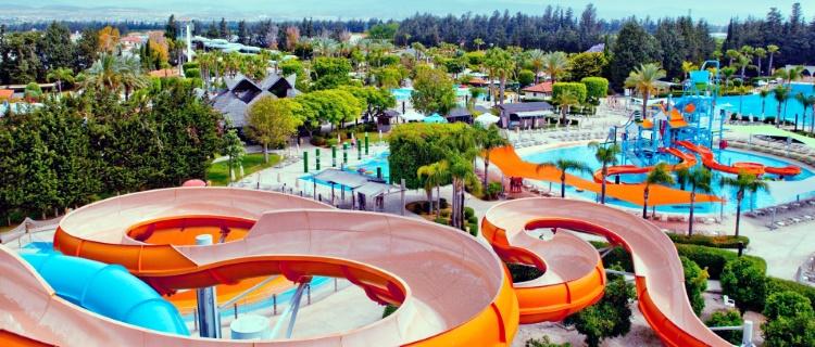"аквапарка Кипра ""Fasouri Watermania"""
