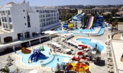 Аквапарк «Fun Park Waterpark» в Протарасе