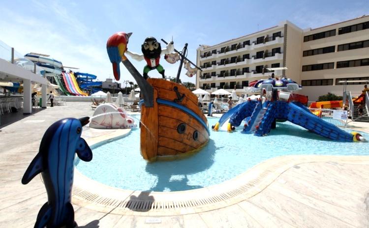 Аквапарк Протараса «Fun Park Waterpark»
