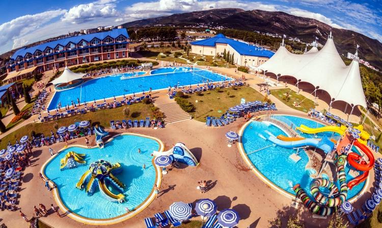 «Золотая бухта» аквапарк Геленджика